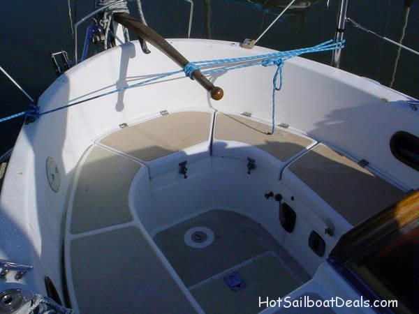 1985 Used Vancouver 25 Well built cruiser! $15,900.00
